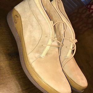 Chaco Pineland Women's Chukka Boots size 9.5 New